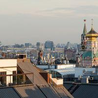 В каких районах Москвы расположены пентхаусы и каковы их особенности?