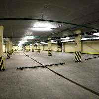 застройщик обычно резервирует места на подземной парковке