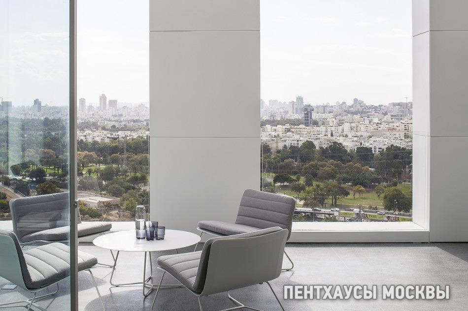 Монохромный пентхаус в Тель-Авиве